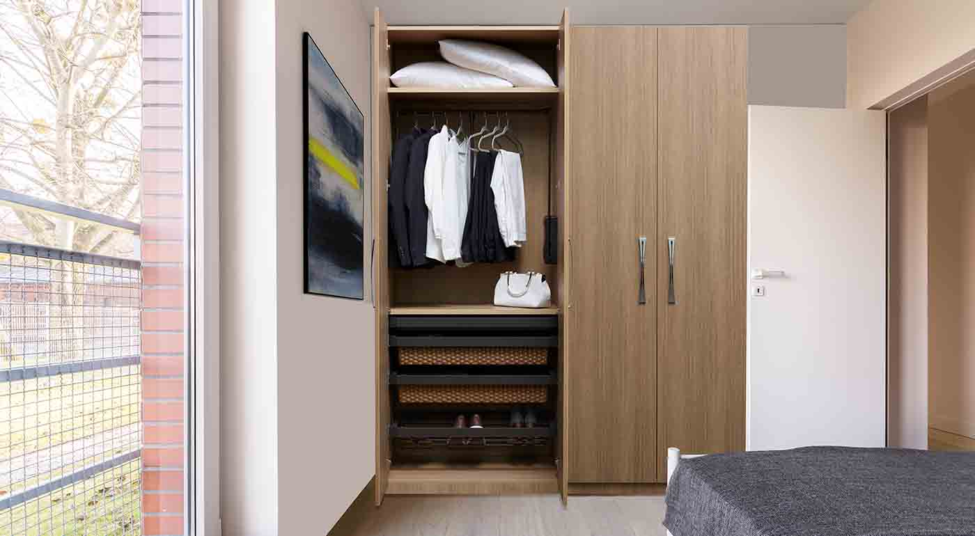 Enhanced hinged wardrobe